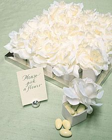 flower-topped favor boxes.  don't forget about the glitter-topped boxes from before.