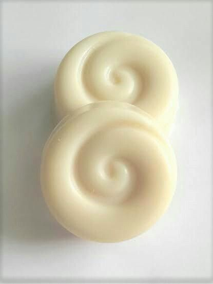 Nourishing bodywash bar/ Dry & Sensitive Skin. Our Sensitive Skincare range is made from New Zealand Native Plant. We have formulated with gentle natural ingredients including Organic Virgin Coconut Oil, New Zealand Native fern and Rosehip Oil, to provide simple yet effective daily care suitable for even very dry or sensitive skin.