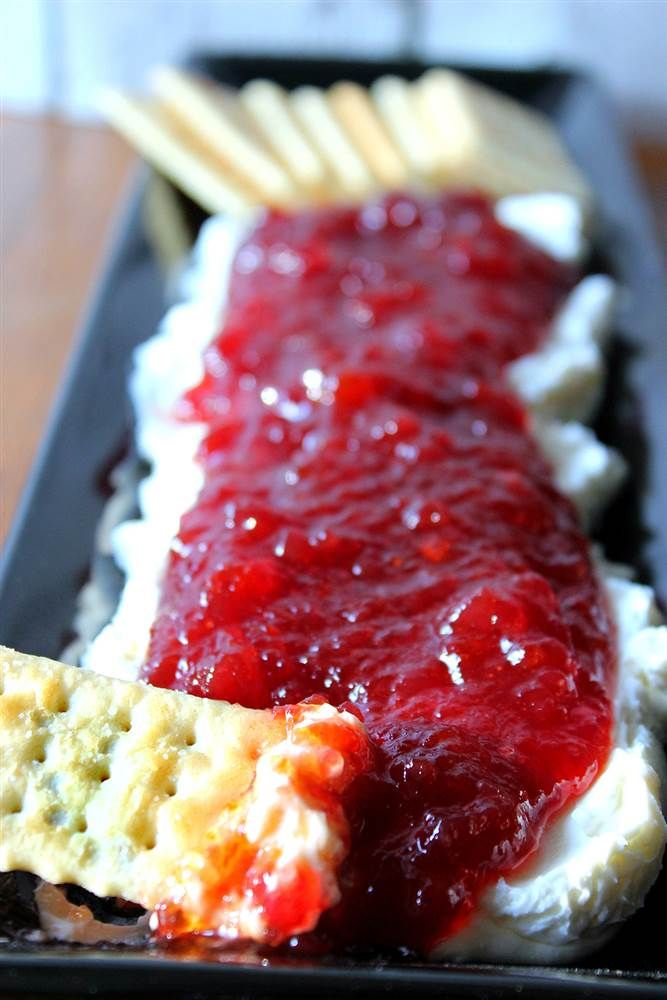 Cranberry Pepper-Jelly Dip