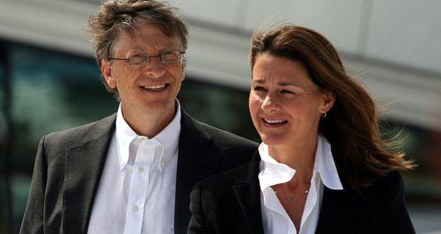 Bill Gates, der mit seiner Privatstiftung so viel für die Gesundheit der Weltbevölkerung tut, zumindest hat es den Anschein. Auf der anderen Seite verdient Gates an Medikamenten vermeintlicher Krankheiten eine goldene Nase. Beispiel Zika Virus. Auf dieses Lob muss man nicht viel geben.