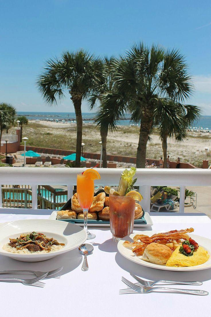 Breakfast alfresco at the Perdido Beach Resort in Orange Beach