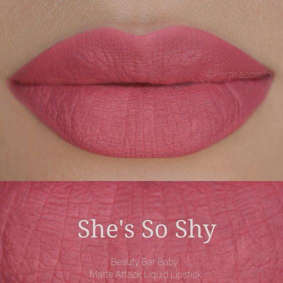Elle est tellement timide liquide rouge à lèvres mat liquide rouge à lèvres