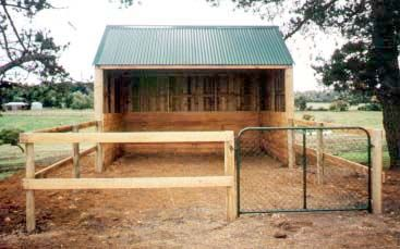 timber shelter and day yard
