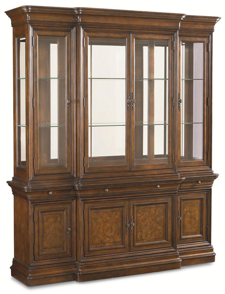 Elegant Thomasville Cherry China Cabinet
