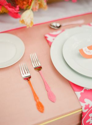bright colors + fitted, piped linen love