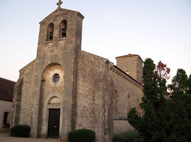 """""""Germigny-des-Prés (église) 1"""" autorstwa Markus3 (Marc ROUSSEL) - Praca własna. Licencja CC BY-SA 3.0 na podstawie Wikimedia Commons"""