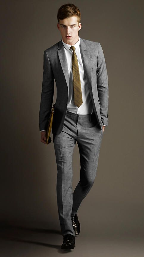 Burberry Wool and Mohair Slim Fit Suit in Grey Melange