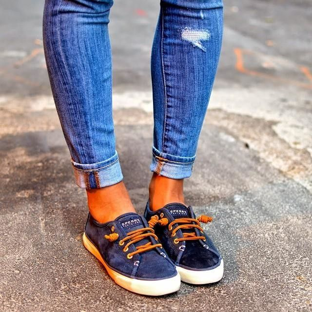 Crazy in love with these @sperrytopsider #sneakers. They are making my first week back from vacation that much better. #sotd #shoegame #sperrytopsider | Carlina | Sperry