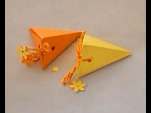 Cari amici oggi voglio mostrarvi come realizzare una semplice scatola per regali con del cartoncino e del filato. Dopo questo tutorial imparerete a realizzar...