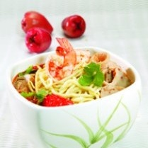 TOM YAM NOODLE http://www.sajiansedap.com/mobile/detail/11424/tom-yam-noodle