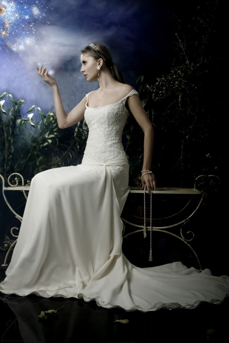 Anna Tumas handmade creation. Past Tale about our atelier and wedding dress trend.