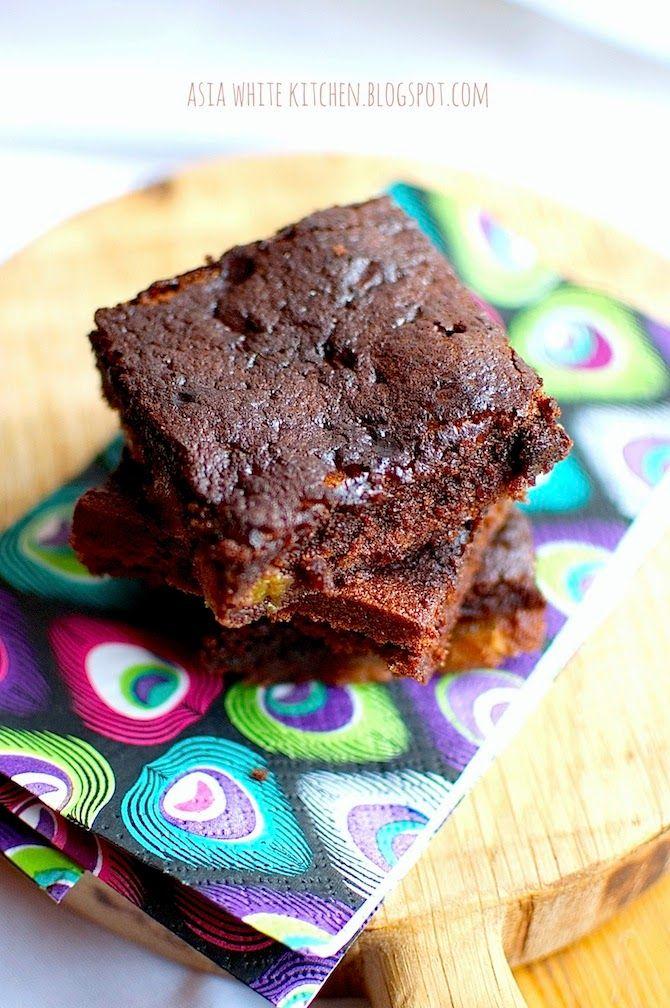 Asia's White Kitchen: Brownie z suszonymi morelami
