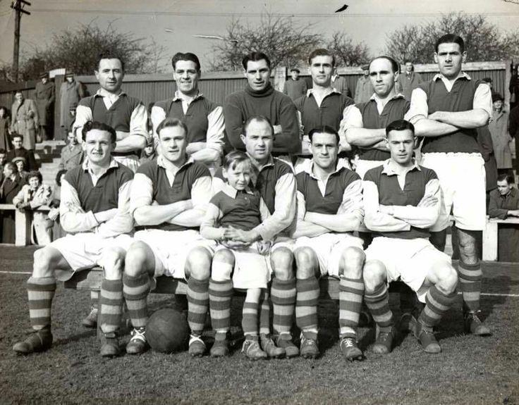 Mansfield Town circa 1950/51. Foto via Michael Jepson.