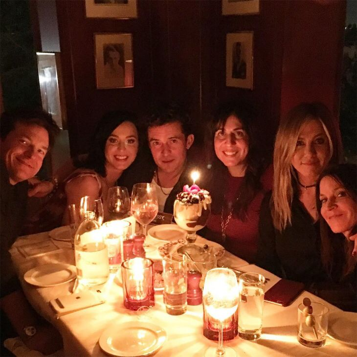 Katy and Orlando celebrating a mutual friends birthday at the Sunset Tower in LA along with Justin Bateman and Jennifer Anston