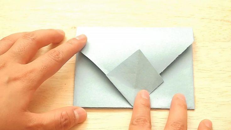 ¿Alguna vez has querido enviarle una carta a alguien, un regalo pequeño o un mensaje oculto? Obviamente necesitas un sobre bonito donde meterlo. Para que el regalo sea más personal, puedes crear un sobre de origami. No solo son fáciles de h...