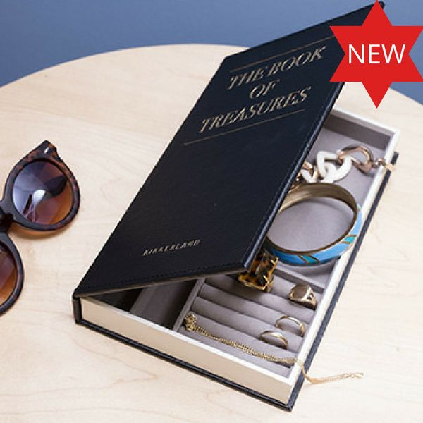 "Jewellery Book ""The Book of Treasures"""