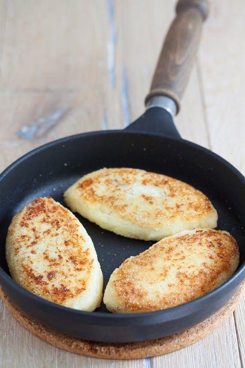 Kartofelnye Zrazy - Russian Potato Cutlets Stuffed with Mushrooms