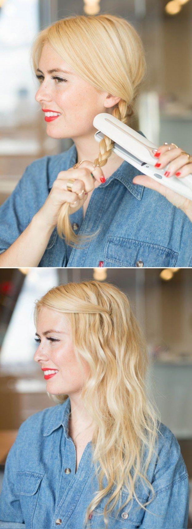 Crie ondas rapidinho fazendo uma trança e passando a chapinha por cima dela. | 22 penteados simples para quando você não sabe o…