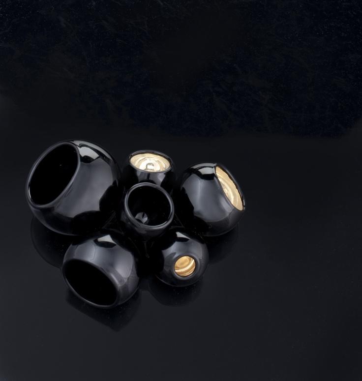 FEDERICA SALA  - gioielli in vetro alboro - Originali collane e spille con perle soffiate  - brooch