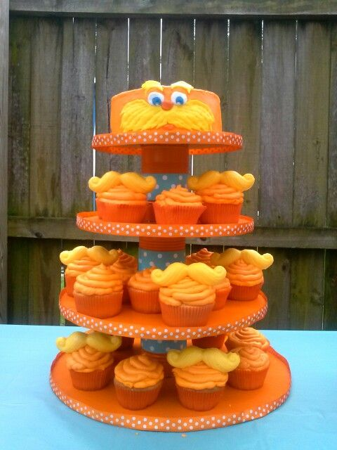Lorax Birthday check out more awesome creations on my page www.facebook.com/CakesAndCraftsFL