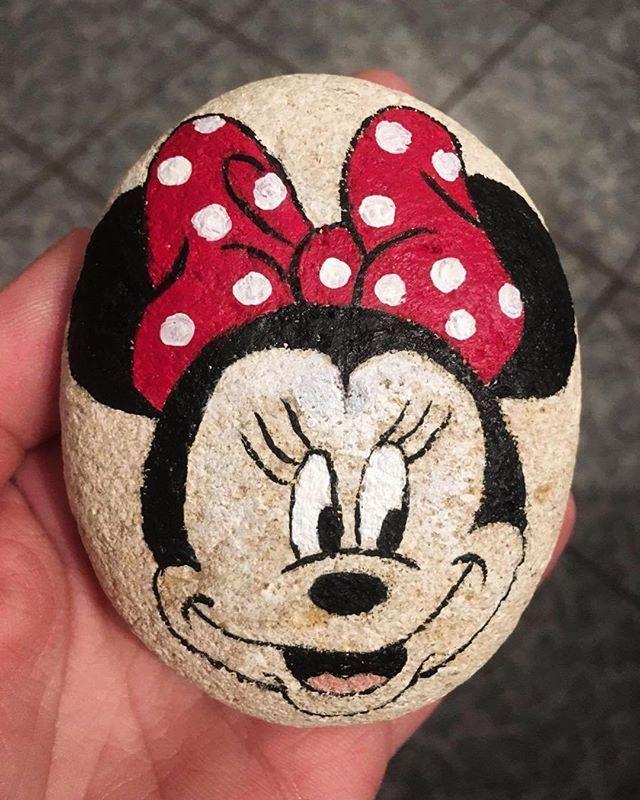 Minnie Mouse Rock Art