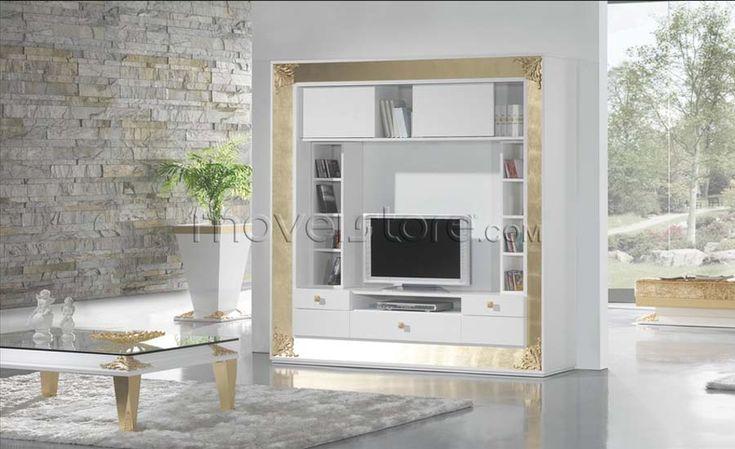 Mesa de jantar clássica 194 retangular com tampo de vidro. Estrutura revestida a folha de ouro com pormenores em talha. Para mais informações, por favor, contacte-nos.