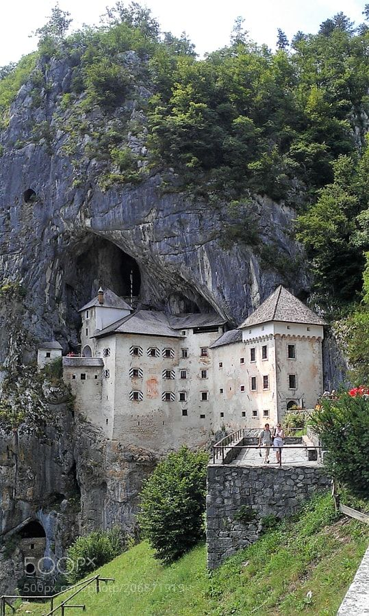 Predjama castle by suzenivanova1