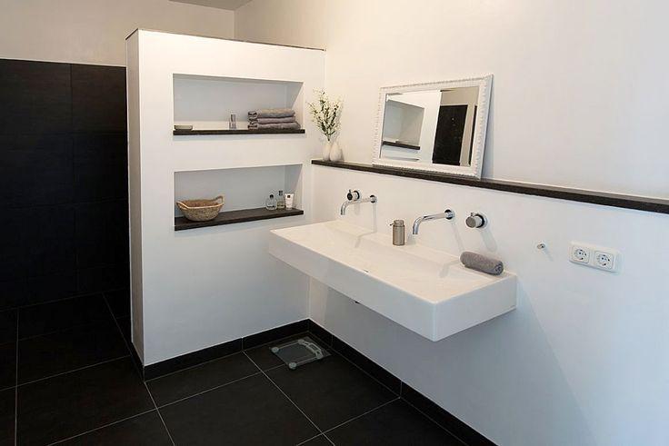 Meer dan 1000 idee n over spiegel wastafel op pinterest ijdelheden spiegel lade en spiegels - Oude keuken wastafel ...