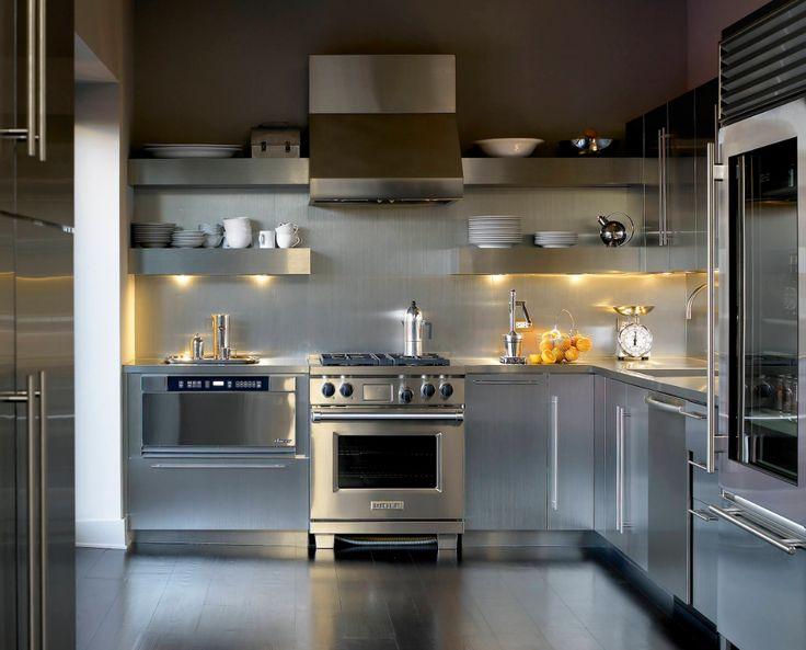 Endüstriyel tarzda, her tarafı metal bir mutfak dekorasyonu #dekorasyon #mutfak