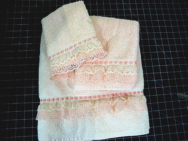 NWOT 3 Piece Bath Set LT Apricot With Lace 1 Bath Towel,1 Hand Towel