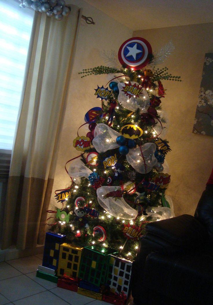 Christmas tree Superheroes Little Boys Love it Pino Navideño Super Heroes Para Niños Pino de navidad