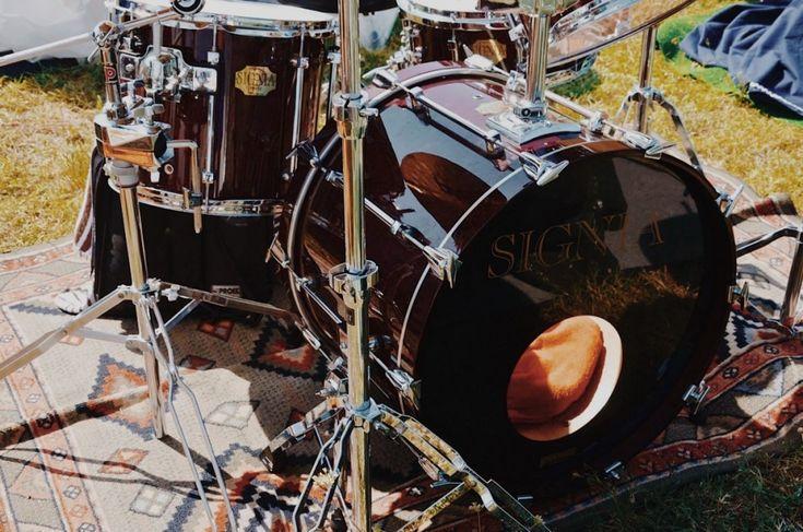 Mauro Ghino (Ho Doy, Imola Big Band, NO-Q) - Fotografie di Chiara Arrigoni delle grancasse dei batteristi del Rockin' 1000 a Cesena, luglio 2015. Scopri le batterie... #drum #drumset #rockin1000 #cesena