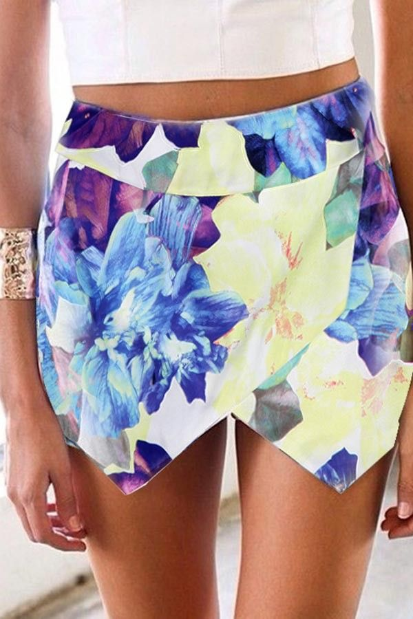 Free Tutorial:  How to sew these asymmetrical shorts! #summerfashion2016 #skort