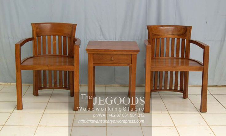 Indonesian minimalist terrace chair. Solid teak finished with natural color. Beautifully hand crafted by Jepara craftsmen.  Set Kursi Teras Minimalis Jati Jepara.