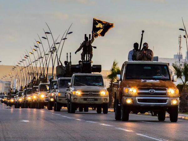 El misterio de por qué el Ejército Islámico tiene tantas camionetas Toyota | Pulso USA - Yahoo Noticias