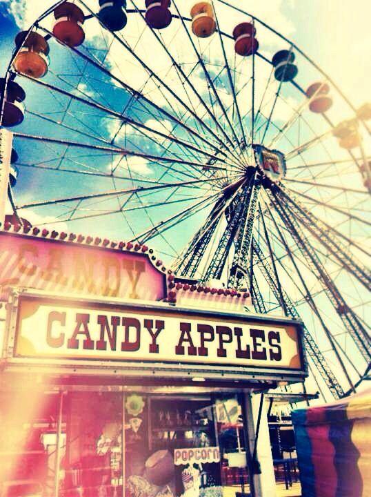 Strawberry Festival Plant City Florida. Ferris Wheel. Vintage. Pretty. Photography. Carnival
