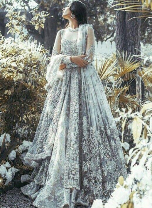 Indische hochzeitskleider von Maja.B auf Dress ...