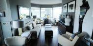 Aqui há cortiça portuguesa.O designer de interiores norte-americano Vern Yip é o mais recente apoiante da cortiça portuguesa, com a qual renovou o piso do seu apartamento  Ler mais: http://www.briefing.pt/marketing/30513-aqui-ha-cortica-portuguesa.html#ixzz3AMNXpzgi