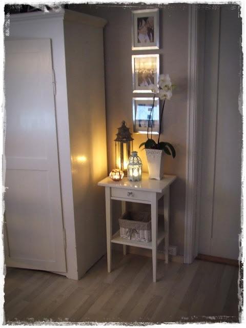 ikea Hemnes nattbord med knott fra ebay