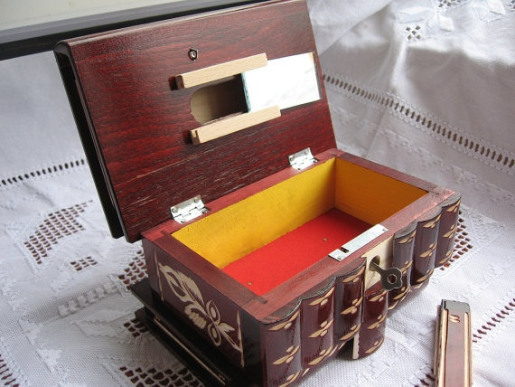 how to make a wooden box with hidden compartment