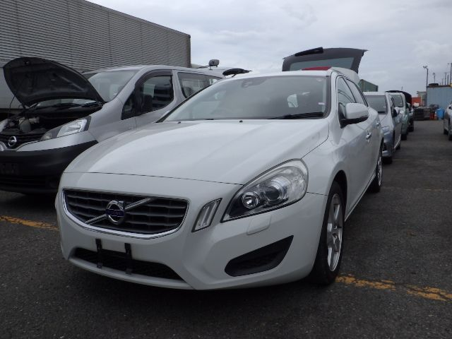 Volvo V60 Is In Stock Of Kenya This Car Is Waiting For You At