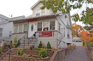 See All Available Homes For Sale in Clifton NJ, Clifton Real Estate, Clifton Short Sales & Bank Owner Homes in Clifton New Jersey call 973-846-0065  2900420, 3 beds, 2 baths  http://www.homesinnutleynj.com/listing/mlsid/87/propertyid/2900420/
