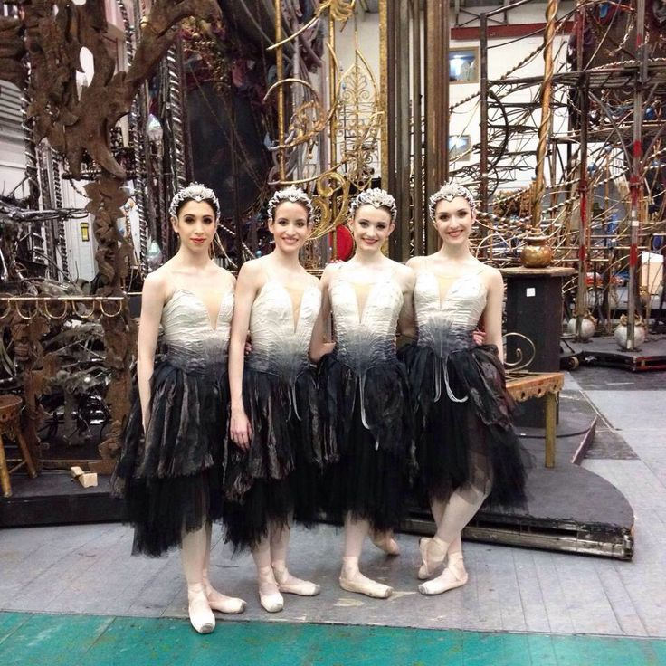 Cygnets from 'Swan Lake' backstage at the ROH February 2015
