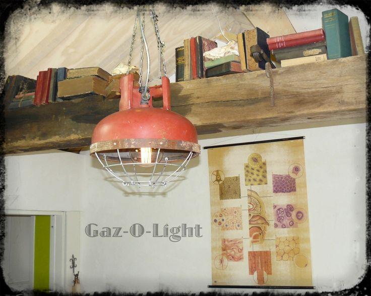 Unieke Stoere industrieel kooilamp robuust handmade rood ook voor vintage en landelijke interieur