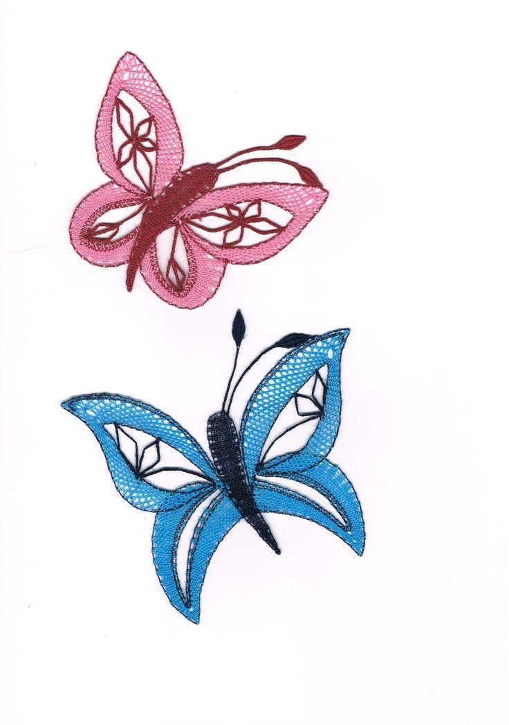 Motýlek+tyrkysový, - paličkovaná krajka, bobbin lace, autor: Lenka Maslova Spetlova, Hostinné, Atelier ROS ZEFYRA s.r.o.