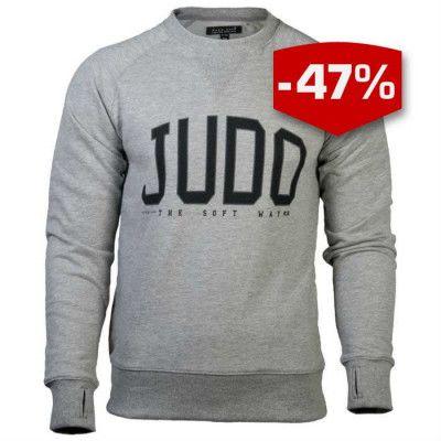 Budo Nord Sweatshirt Judo är en komfortabel och stilren Sweatshirt med Judo tryckt på framsidan. Framtagen för användning till vardagen eller uppvärmning på gymmet.