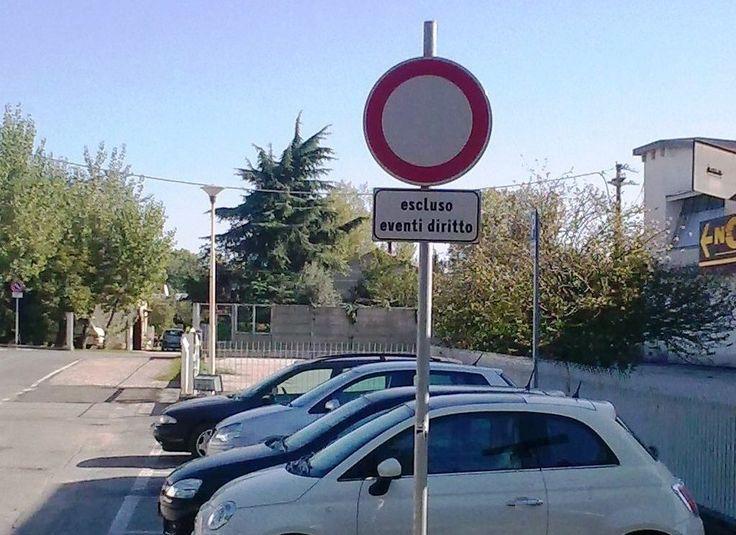 segnale stradale errato