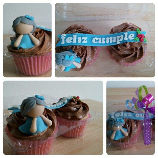 Una deliciosa forma de decirle a una hermosa abuelita Feliz cumple!!!  Haz tus pedidos al ☎3007813360 www.facebook.com/CDLimon  #cupcakes #cumpleaños #hbd  #grandma #reposteria #color #medellin #fondant #oreo #chocolate #cake #cakes #happy #happybirthday #cupcakesdulcelimon