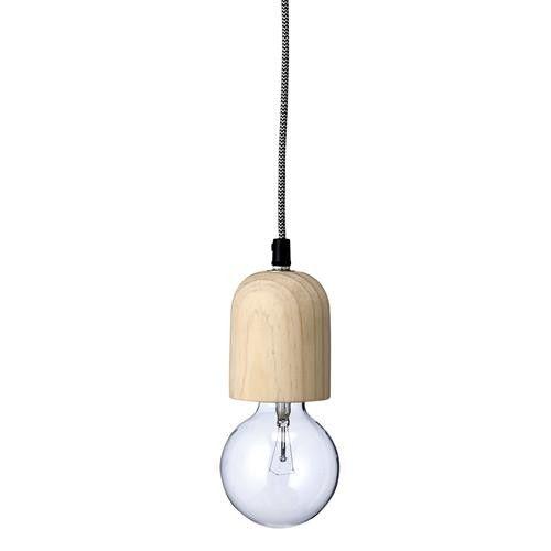 Está linda lámpara de madera con ampolleta globo hará de tu espacio un lugar moderno y cálido.Material: madera y cuerda, 220VMedidas: La 120 cmIncluye ampolleta