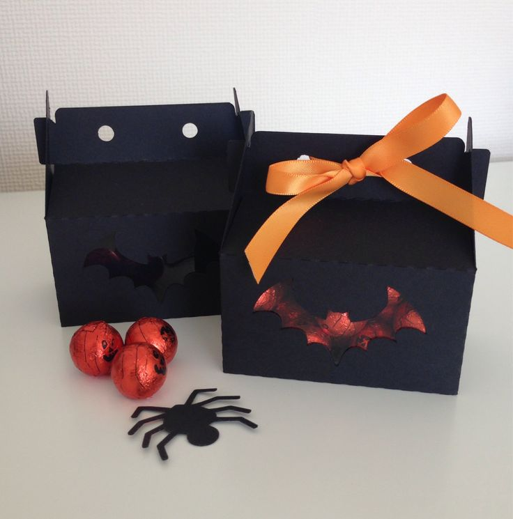 Halloween Black Card Small Gable Boxes with Bat or Spider Window (20) - pinned by pin4etsy.com